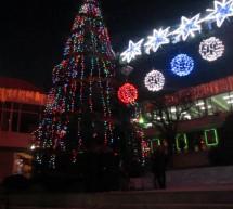 Кметът Тотев запали коледните светлини на Сандански
