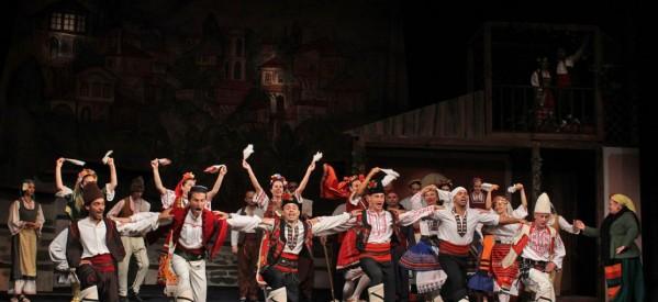 """""""Българи от старо време"""" на сцена в Сандански"""